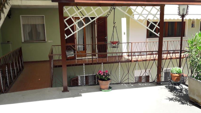 La casa dei nonni ( 1° piano )