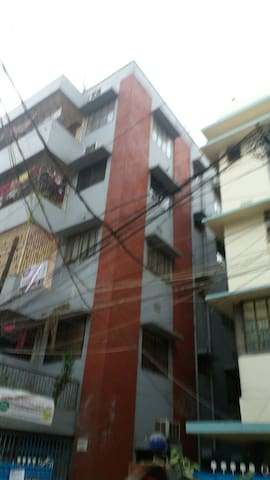 two room flat with  bath at the   centre of  Dhaka
