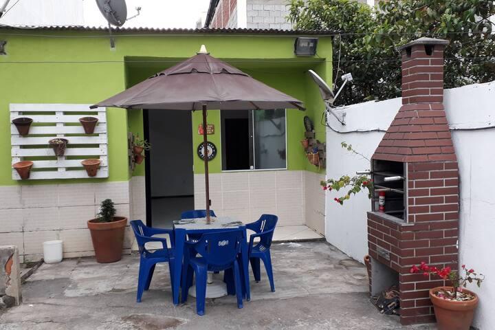 CASA PARA TEMPORADA EM CABO FRIO PROX. A PRAIA