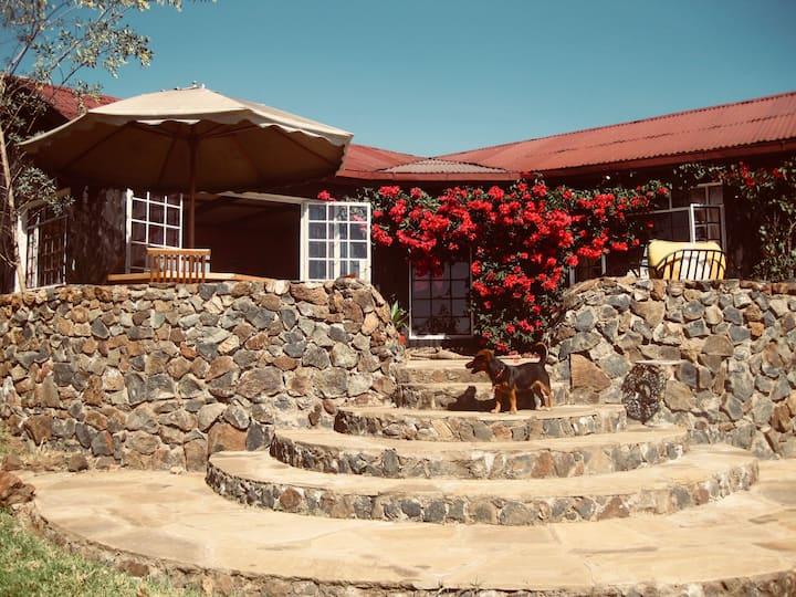 Serene & romantic 'get-away' with a view, Naivasha
