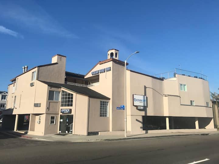 Ocean Surf Inn — Parkview King