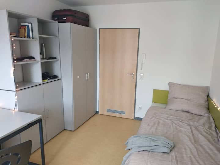 Private Room in Esslingen. Student's residence