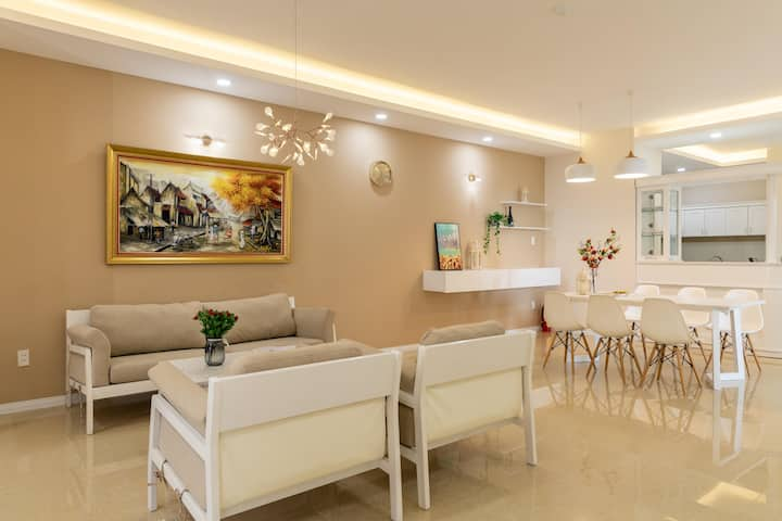 Luxury , Sea view Apartment 2
