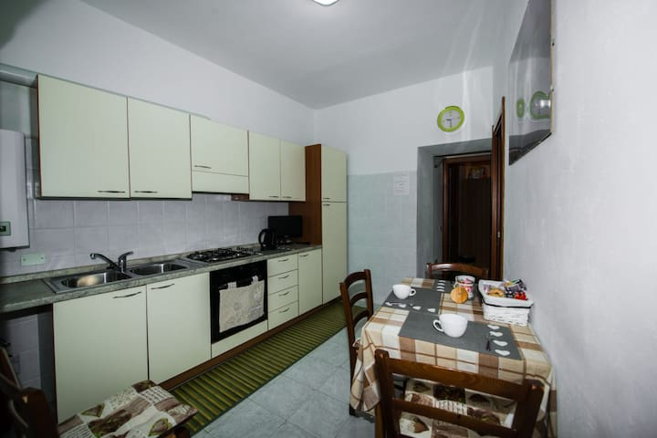 New Apartament with kitchen in Vernazza's Center