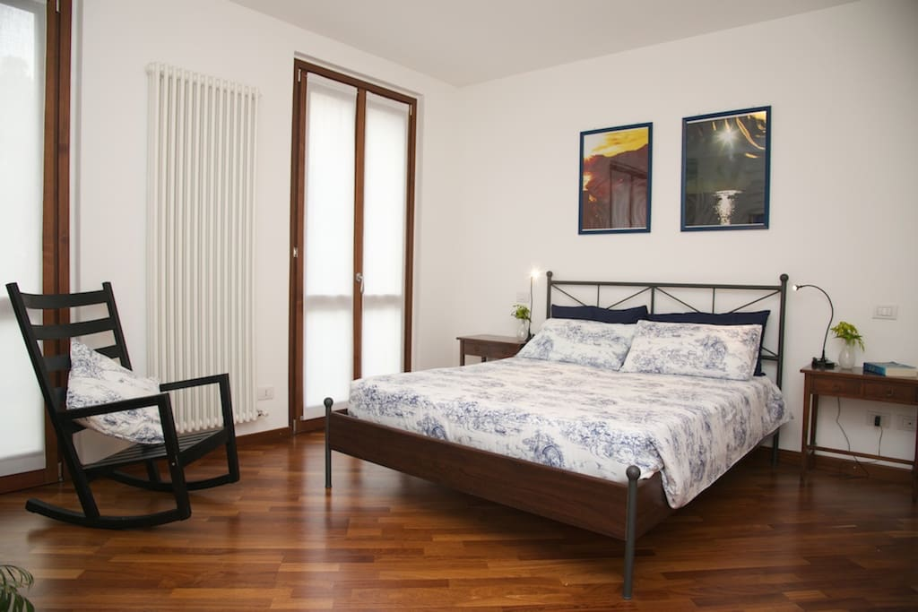 ground floor apartment: 1st bedroom