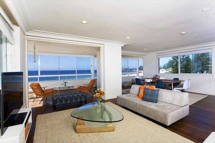 Beautiful 3BR Penthouse on Collaroy Beach COLRY - Collaroy - Apartment