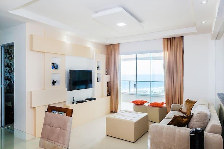 Apartamento nuevo, vista a la playa
