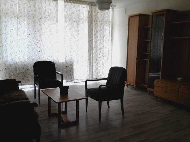 Ibolya apartman. Csendes. Kozel mindenhez.