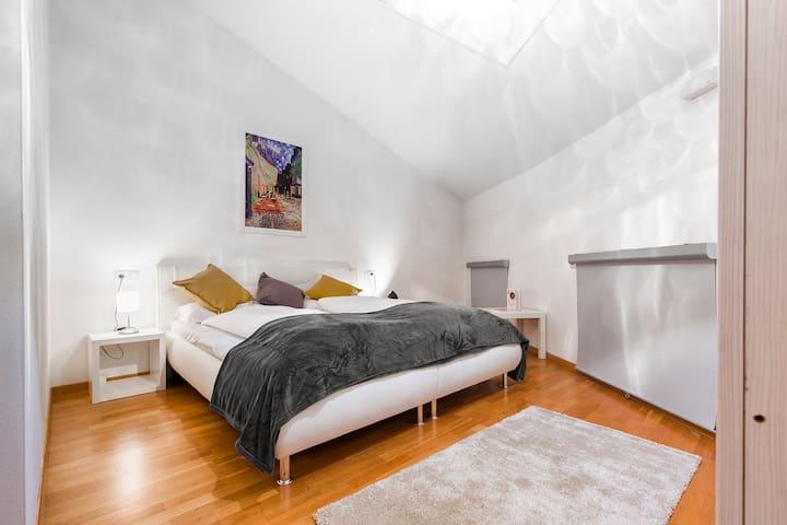 Emotion Living Design Apartment Cloud