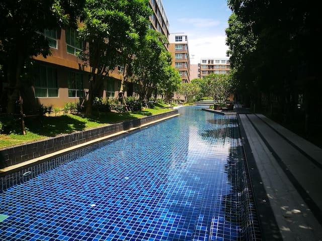 Quiet living convenient apartment special price