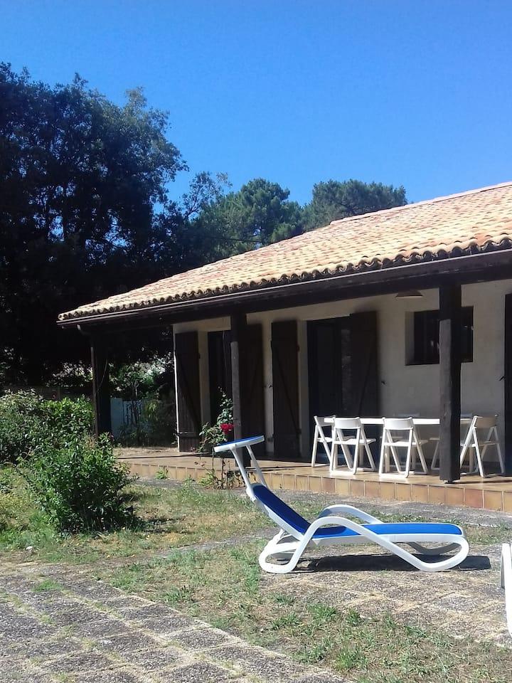 Villa de charme aux abords du lac de Lacanau
