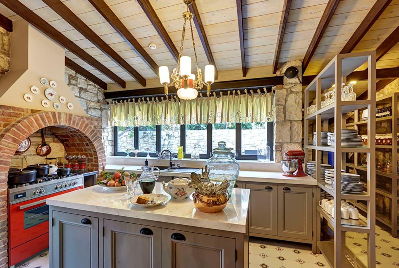 Mutfağımız/Kitchen at Mitera old stone house