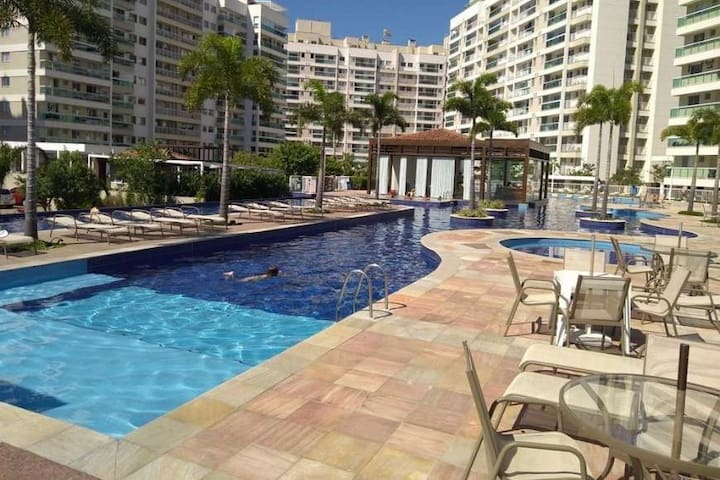 Duplex Penthouse - Barbecue Area & Swimming Pool
