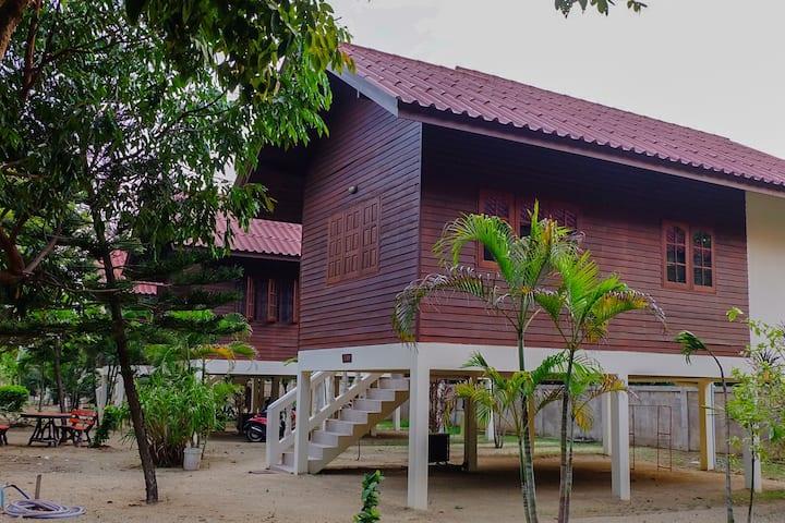 Wiriyapan Residence