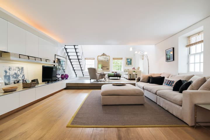 Airy Loft in Notting Hill