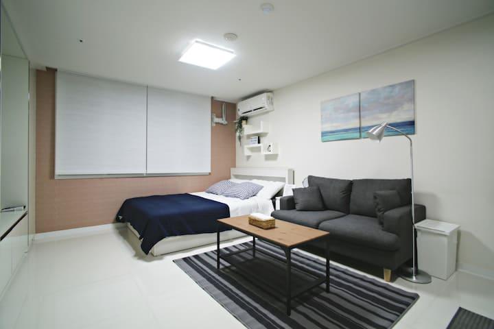 ★Quiet Clean Newly-built Studio in Gangnam★