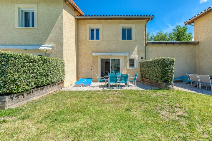 Plush Holiday Home in Gagnières with Private Swimming Pool