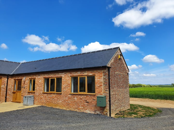 Self contained Annex in modern Barn Conversion
