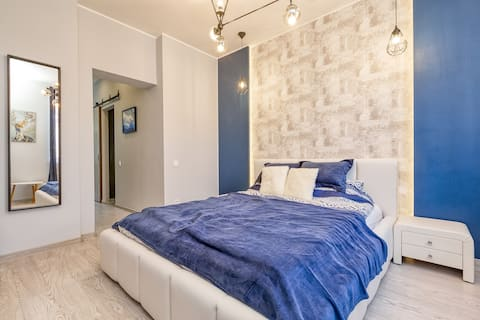 Designer Apartment With King Bed And Fast Wi-Fi