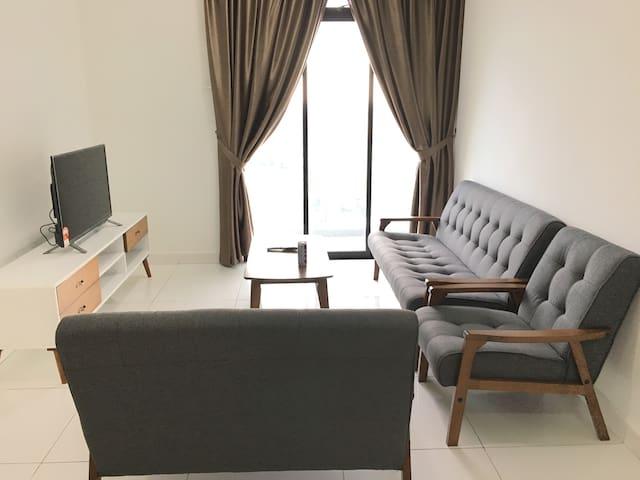 THE PLATINO 2BR Apartment beside PARADIGM MALL JB