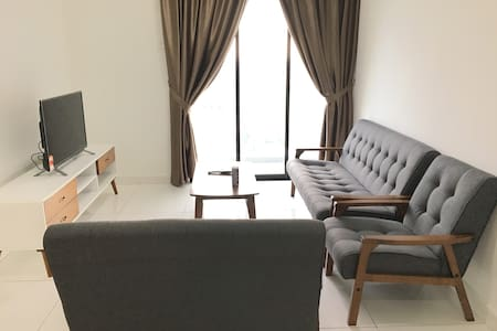 BRAND NEW 2 Bedroom Apartment In Town - Johor Bahru