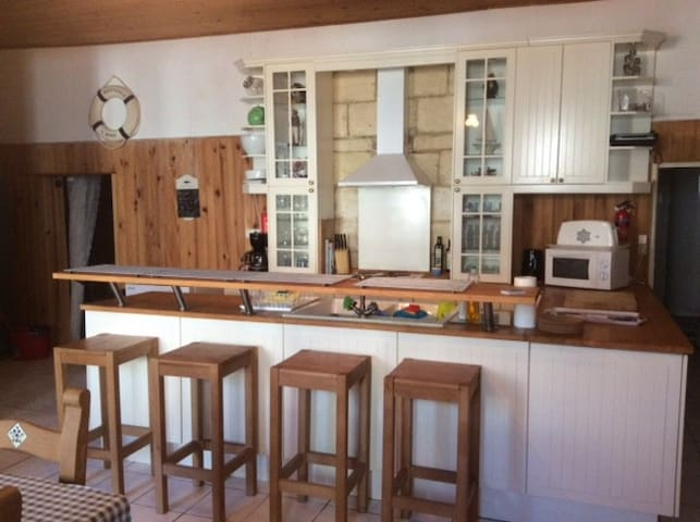 Kitchen breakfast room at the heart of the house
