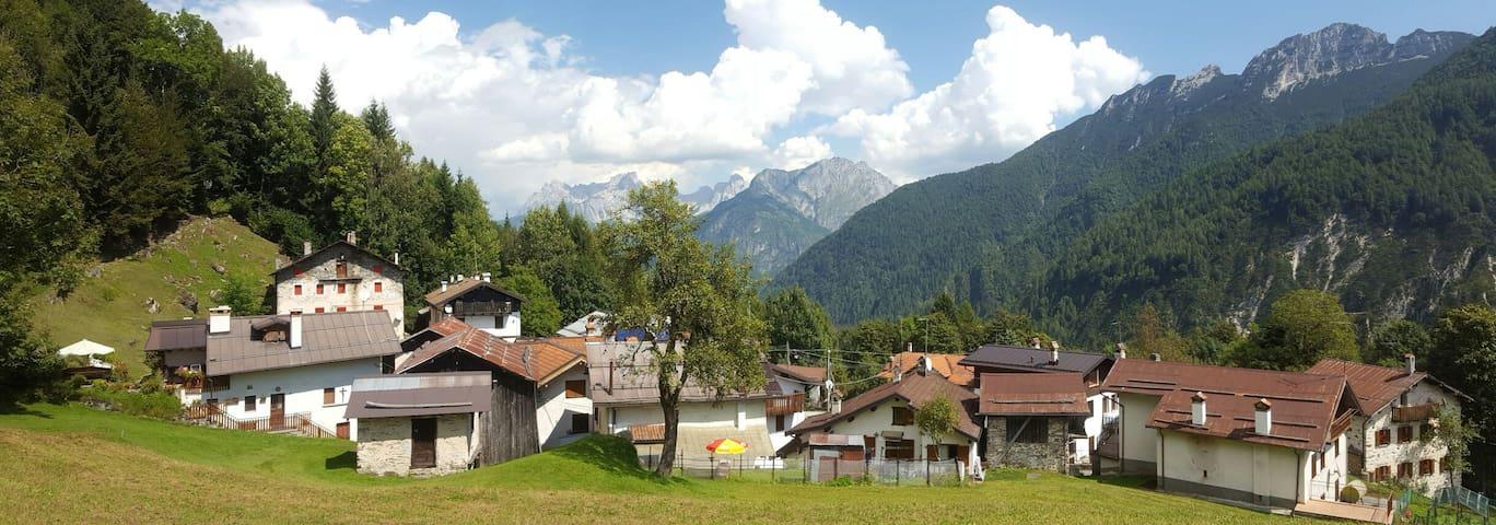 Incantevole abitazione rustica,in stile alpino