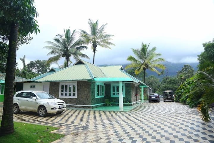 Two Bedroom Cottage - Munnar