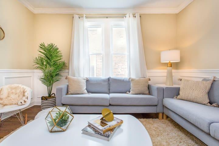 Sophisticated Apartment Full of Stylish Elegance