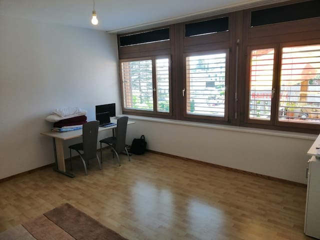 Studio flat in center, close by market&shopping