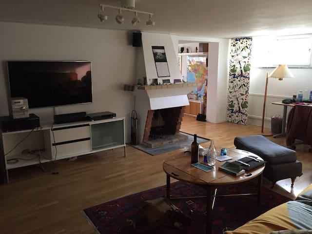 50m2 studio in Enskede - Estocolmo - Villa