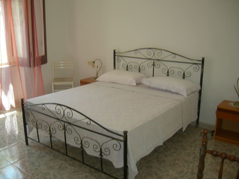 stanza letto 1