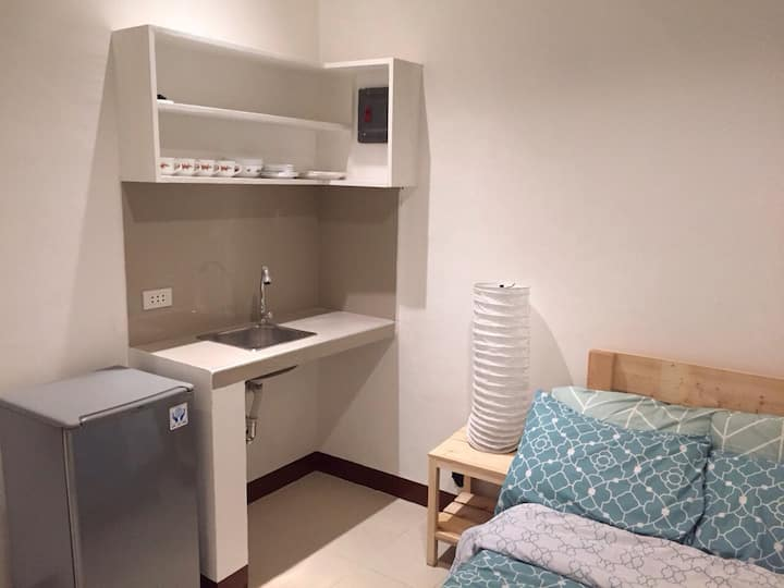 Studio Unit in Pateros,Metro Manila (Unit4 Fermin)