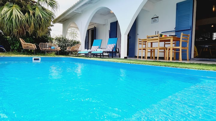 Magnificent villa Kaz Isak with a large swimming pool for 6 people, 3 bedro