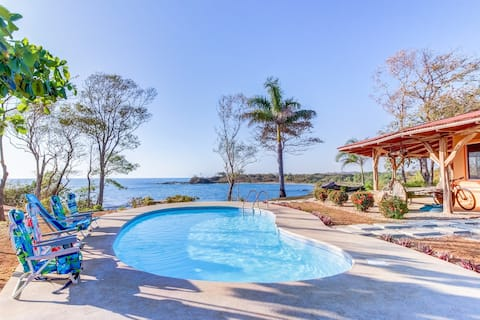 Cliff side Costa Rican home with private pool surrounded by wildlife!