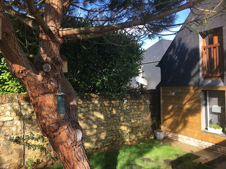 Maison dans Honfleur avec jardin et parking privé