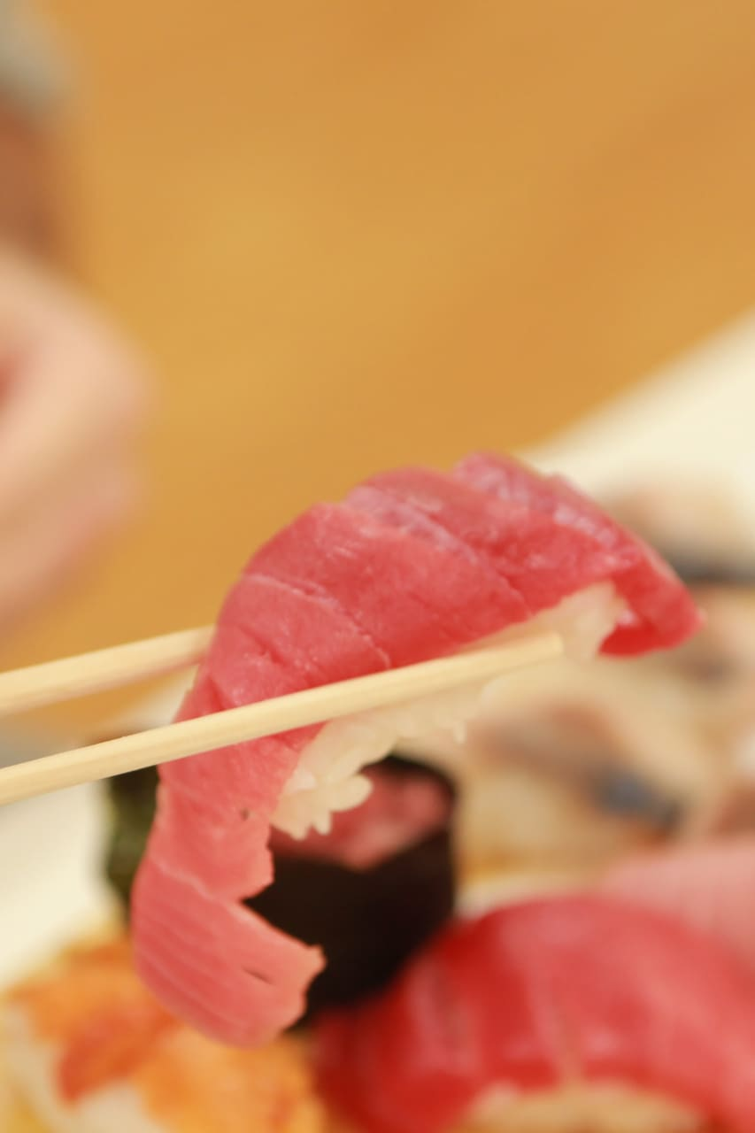 Shop for fish and learn to make sushi