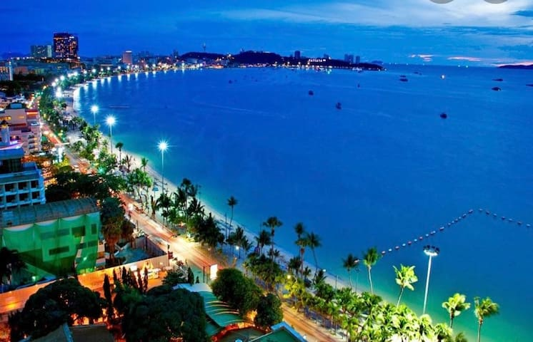 Central Pattaya/ buakhao street/ 400m to Beach