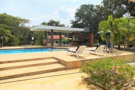 ¡Increíble y moderna casa de vacaciones!