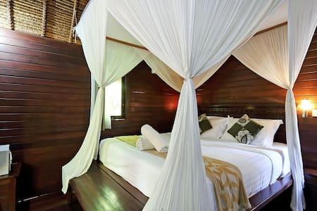 Feel Home @ Nicho's Bungalows & Villas - NB02 - Nusapenida
