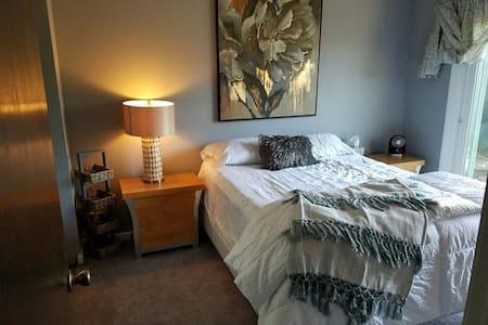 single room hidden gem - Calistoga - House