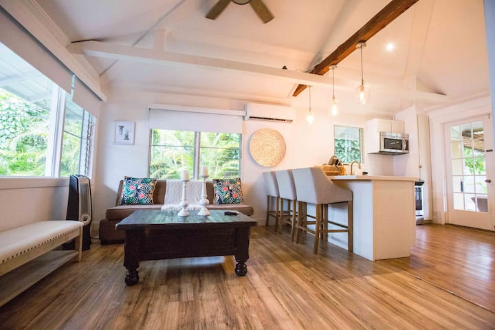 ____Cute Plantation House in Kailua with AC!!_____