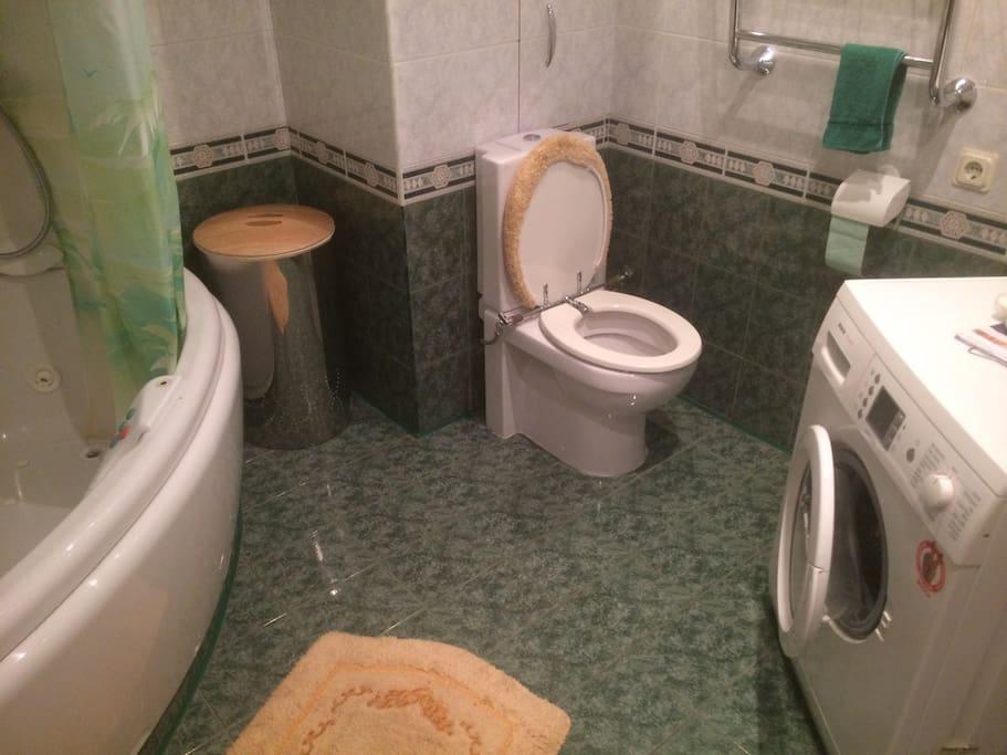 Bathroom n1.