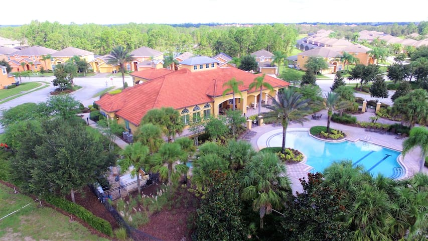 Disney World Orlando FL Villa w/Game Room/Pool/Spa