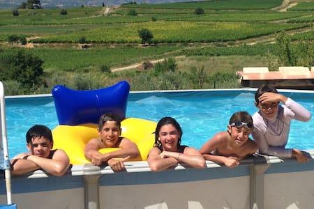 Maison au cœur des vignes belle vue - Popian - Casa