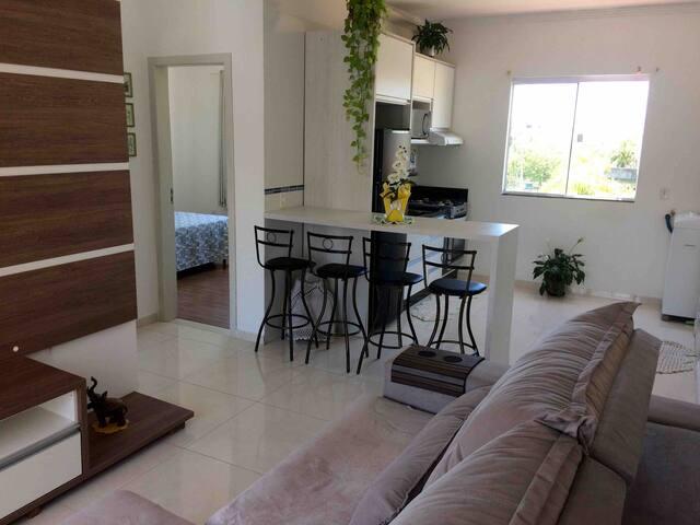 Lindo apartamento a 800 metros da praia Ingleses