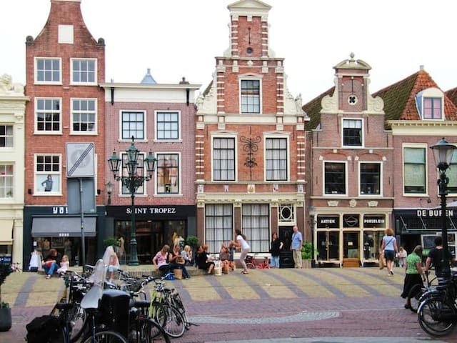 Spacious apartment in historical Alkmaar center