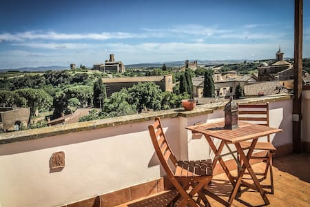 House with stunning view near Rome and Tuscany - Tuscania