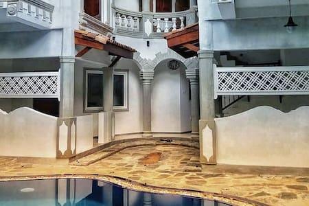 Villa Olde Ceylon - Kandy Room