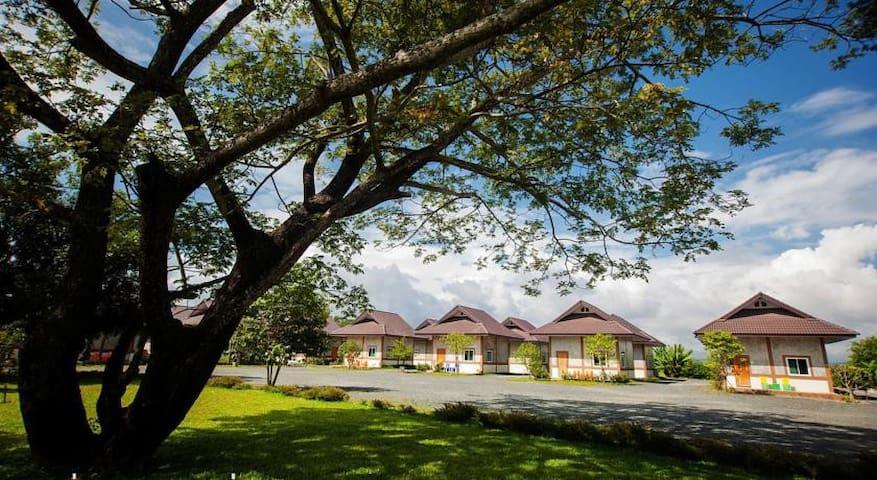 Mae Faek Villas